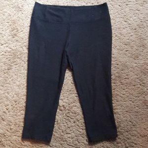 Nike - Dri-Fit Black Capri Leggings
